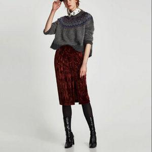 ZARA l Velvet Skirt